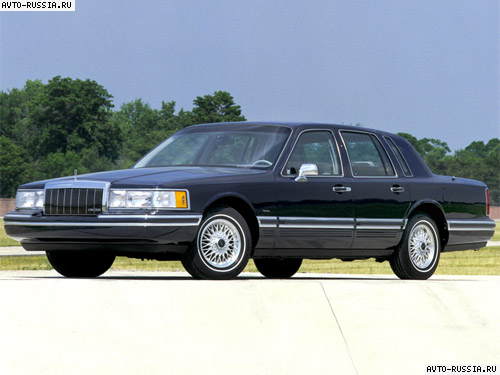 Lincoln Town Car II: 02 фото