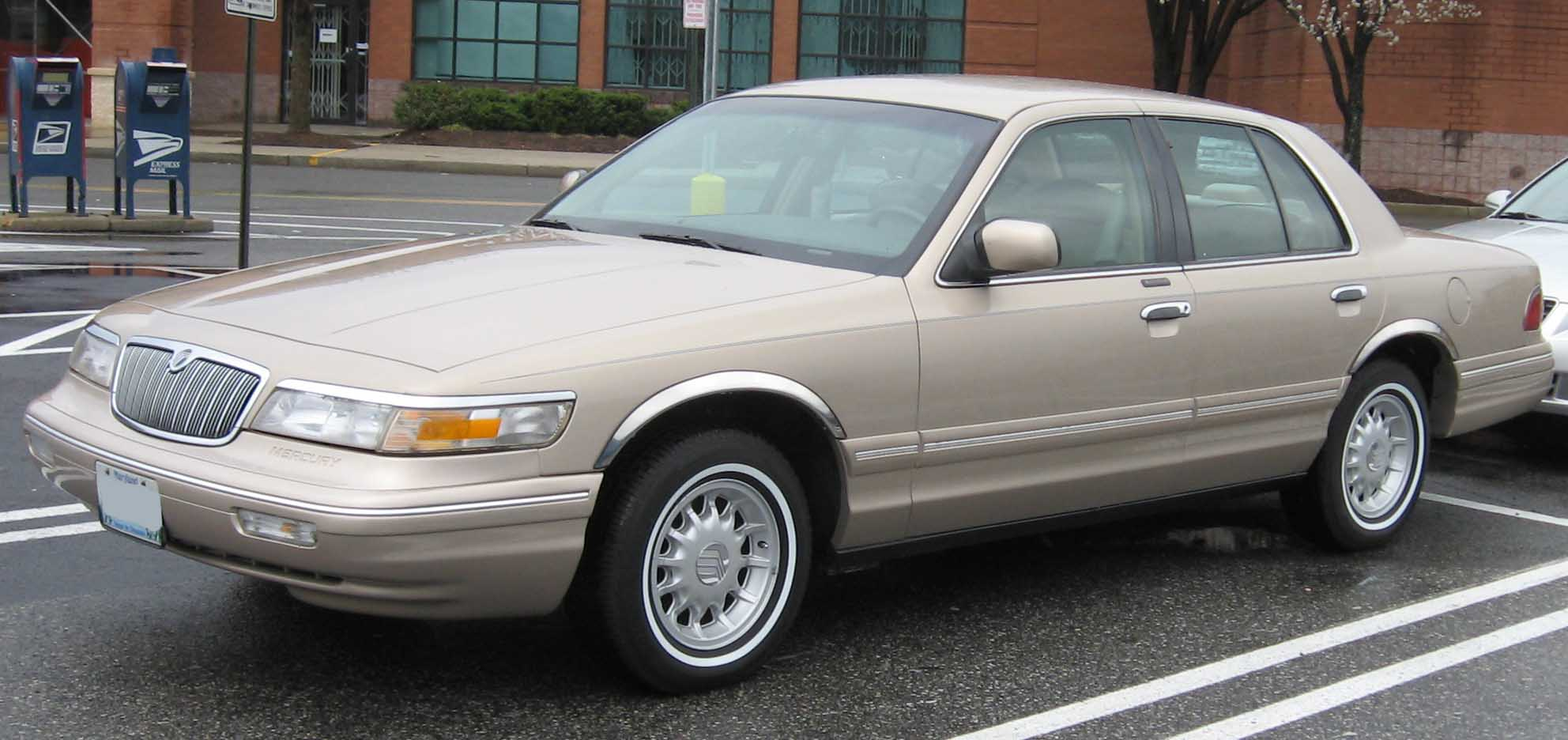 Mercury Grand Marquis: 8 фото
