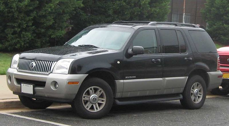 Mercury Mountaineer: 2 фото