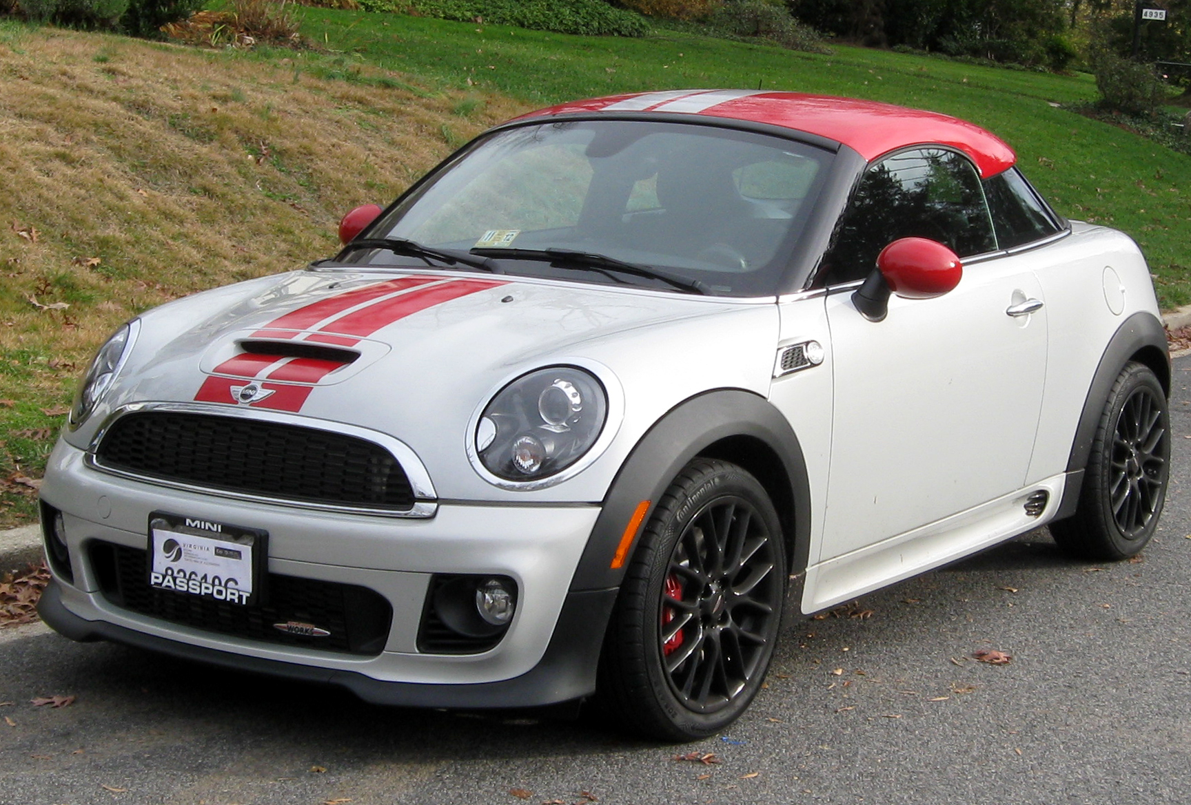 MINI John Cooper Works Coupe: 01 фото