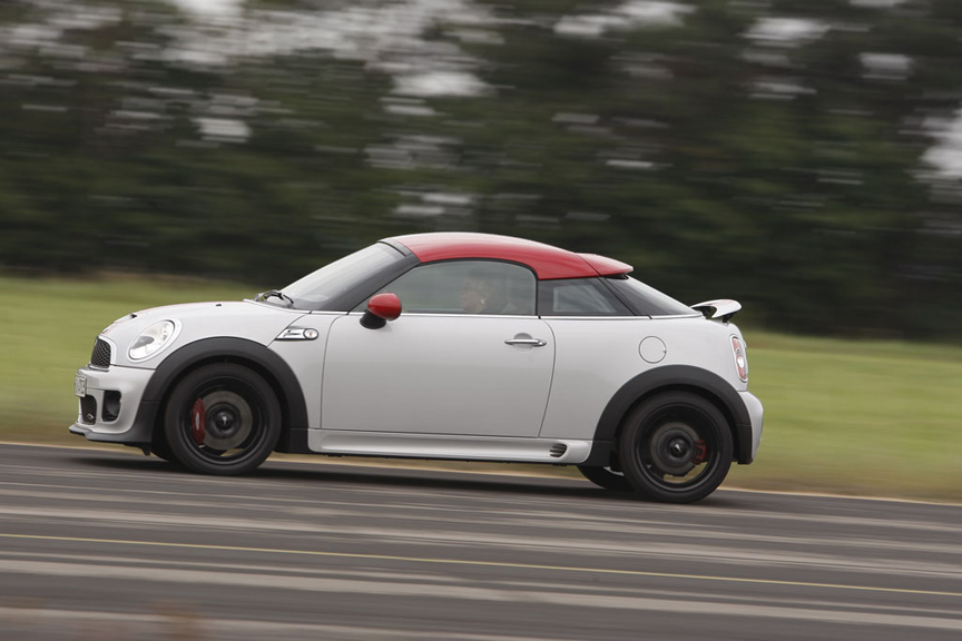MINI John Cooper Works Coupe: 4 фото