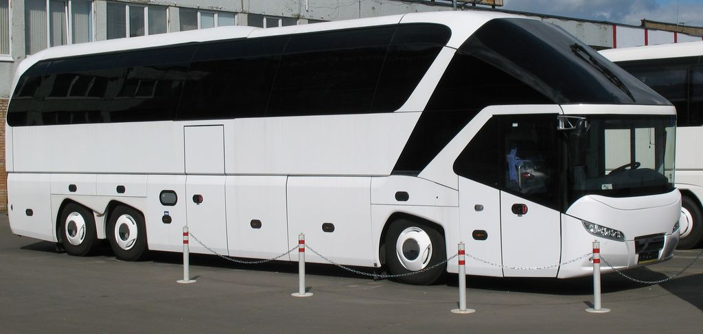 Neoplan Starliner: 09 фото