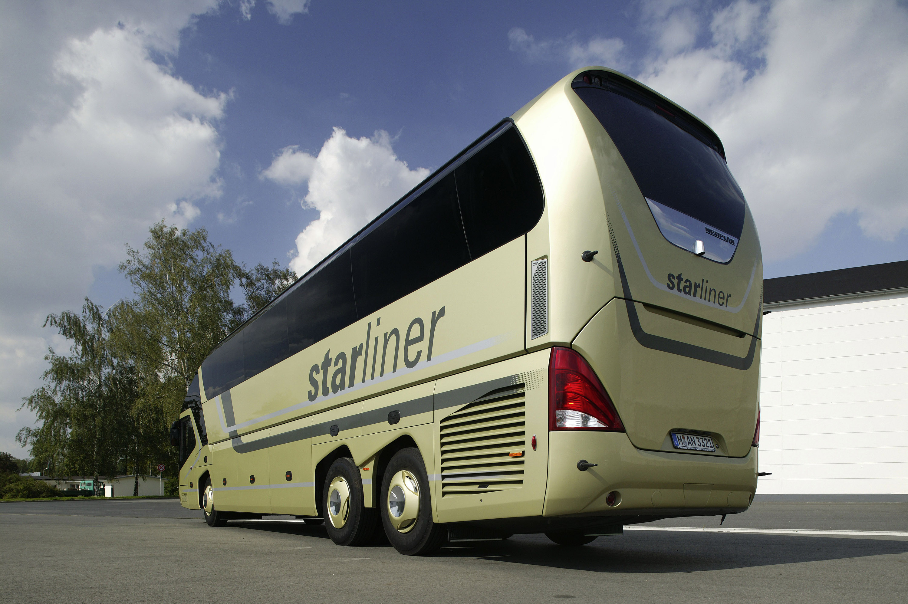 Neoplan Starliner: 11 фото