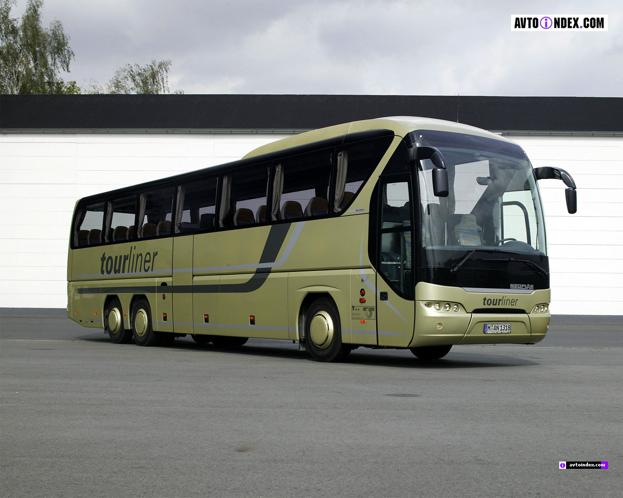 Neoplan Tourliner: 09 фото