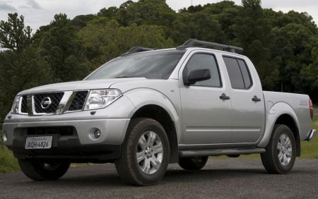 Nissan Frontier I: 11 фото