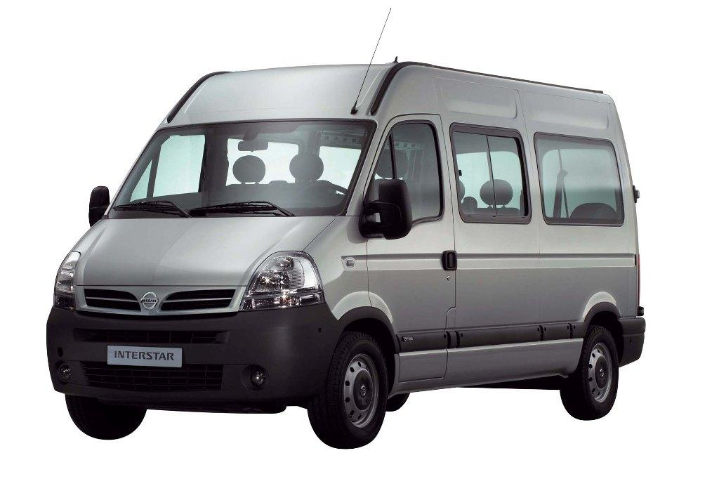 Nissan Interstar: 11 фото