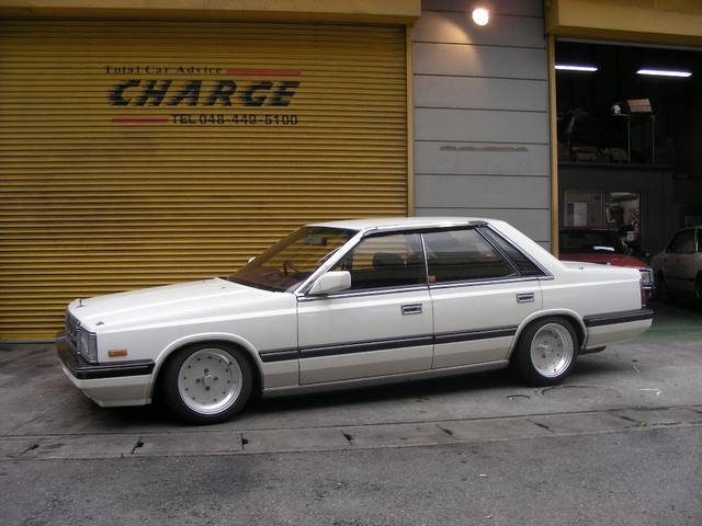 Nissan Laurel C32: 1 фото