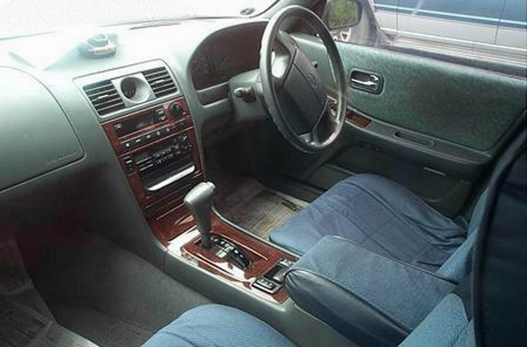 Nissan Laurel C34: 04 фото