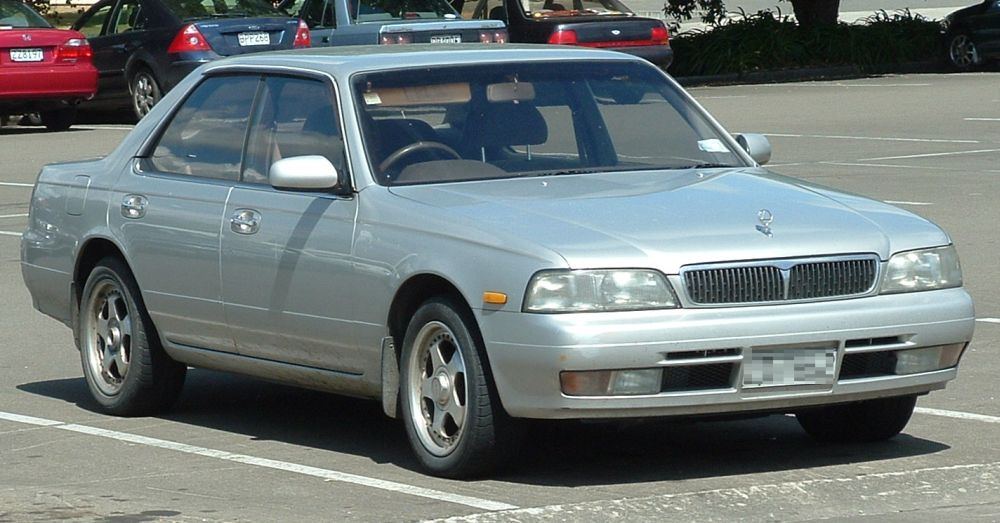 Nissan Laurel C34: 09 фото