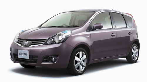 Nissan Note: 4 фото