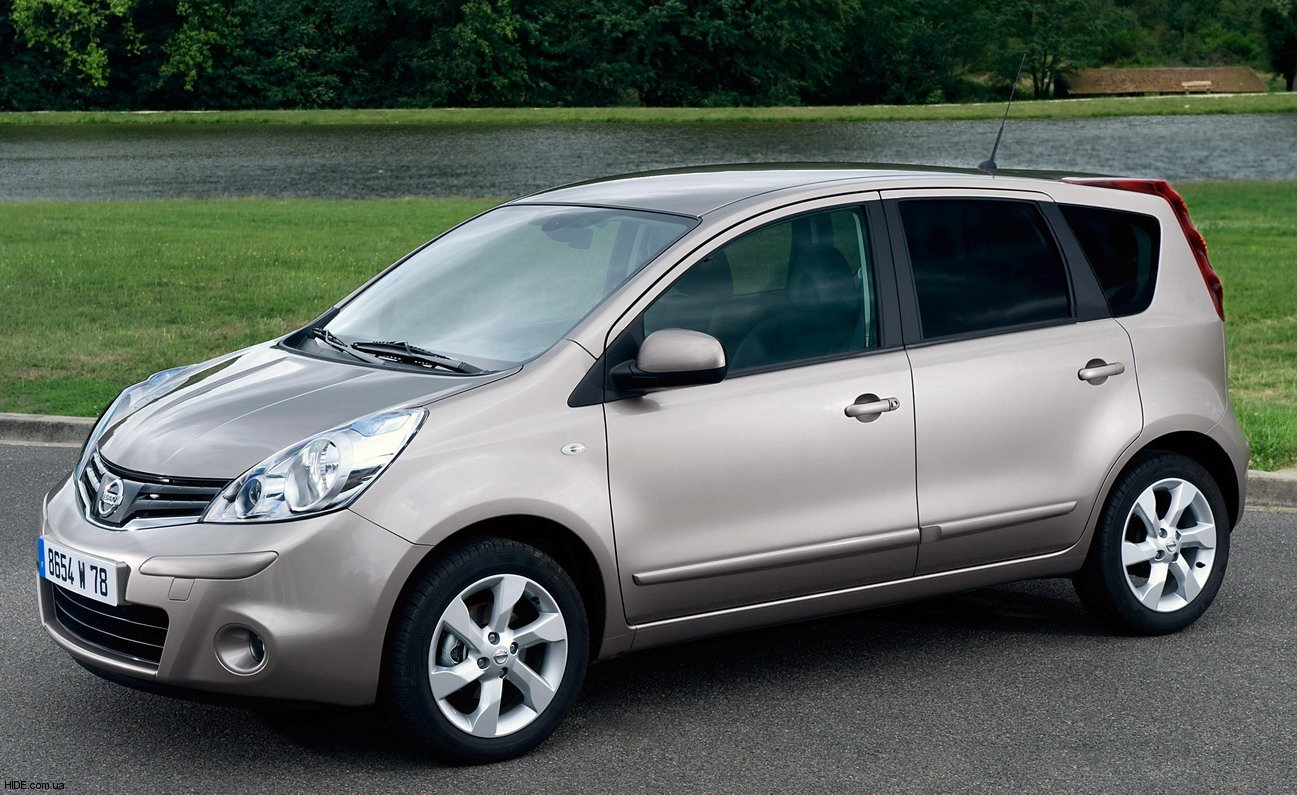 Nissan Note: 5 фото