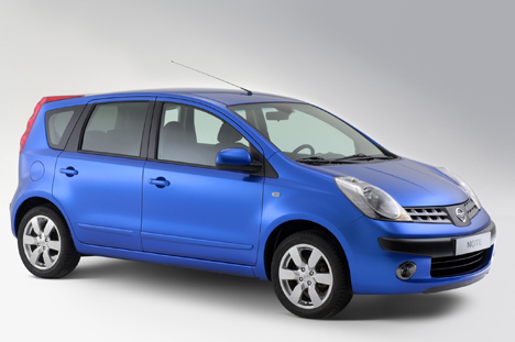 Nissan Note: 11 фото