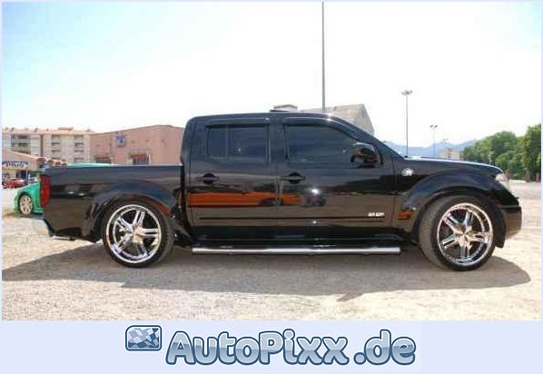 Nissan Pick UP: 09 фото