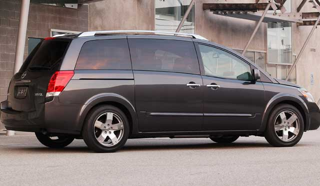 Nissan Quest: 09 фото