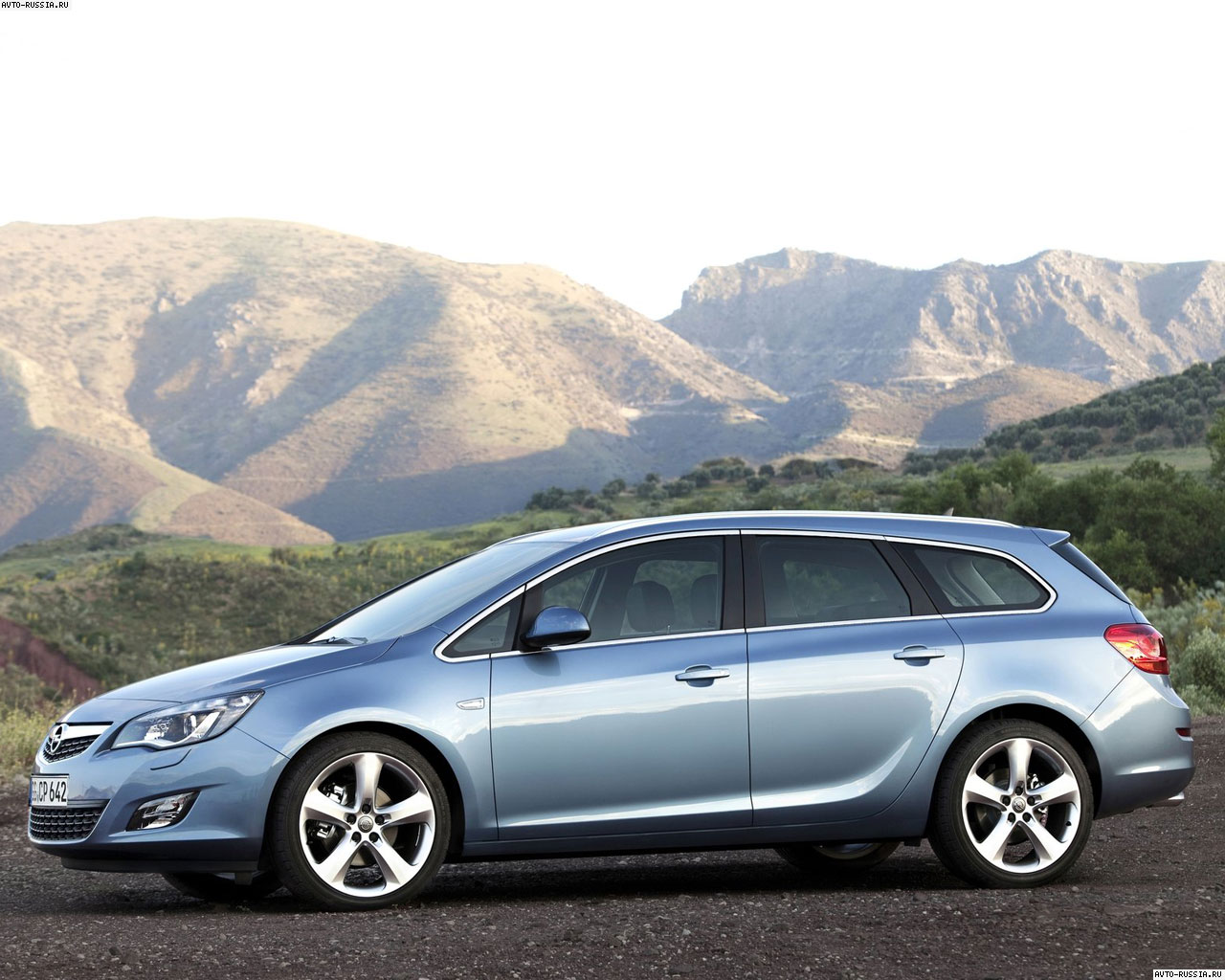 Opel Astra ST: 1 фото