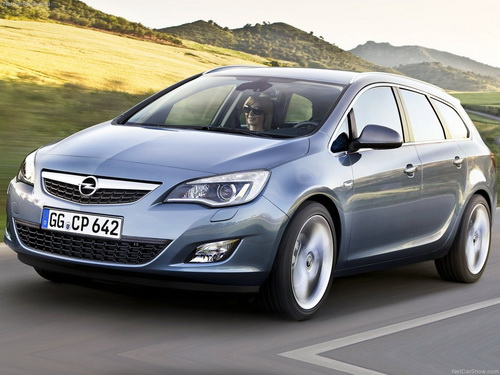 Opel Astra ST: 02 фото