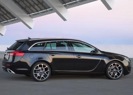 Opel Insignia OPC Sports Tourer: 02 фото