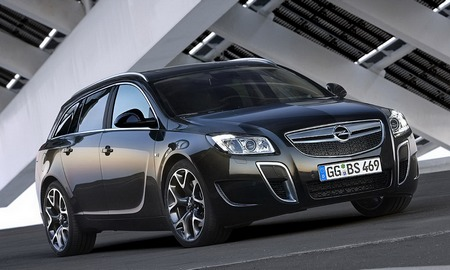 Opel Insignia OPC Sports Tourer: 9 фото