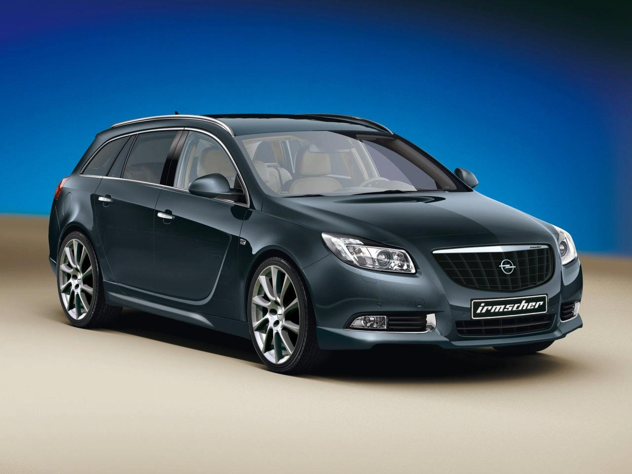 Opel Insignia Sports Tourer: 01 фото