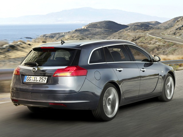 Opel Insignia Sports Tourer: 07 фото
