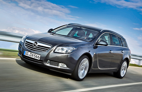 Opel Insignia Sports Tourer: 08 фото