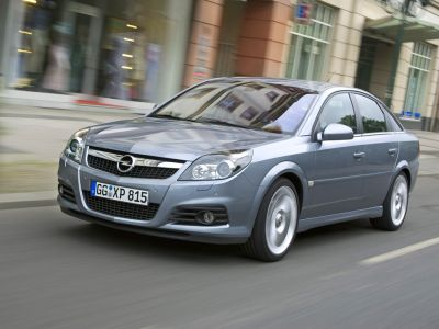 Opel Vectra Hatchback: 06 фото