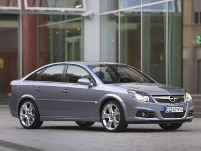 Opel Vectra Hatchback: 07 фото