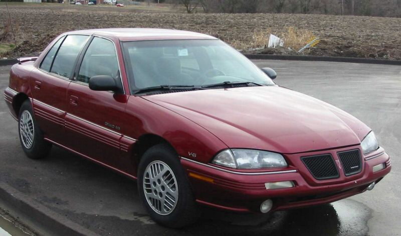 Pontiac Grand AM: 5 фото