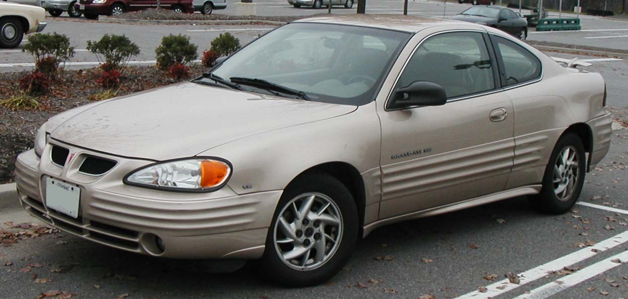 Pontiac Grand AM: 08 фото