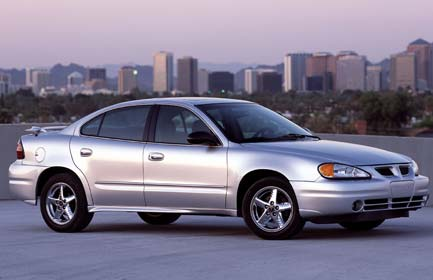 Pontiac Grand AM: 10 фото