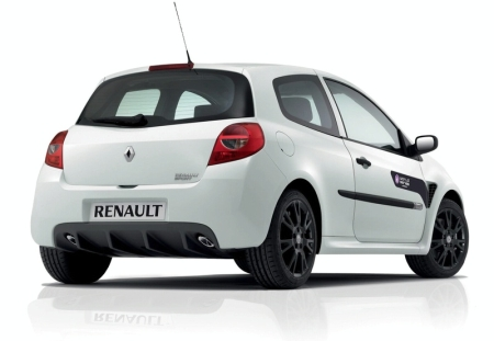 Renault Clio RS: 2 фото