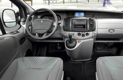 Renault Trafic: 08 фото