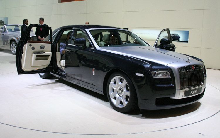 Rolls Royce Ghost: 3 фото