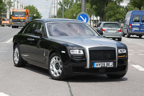 Rolls Royce Ghost: 11 фото