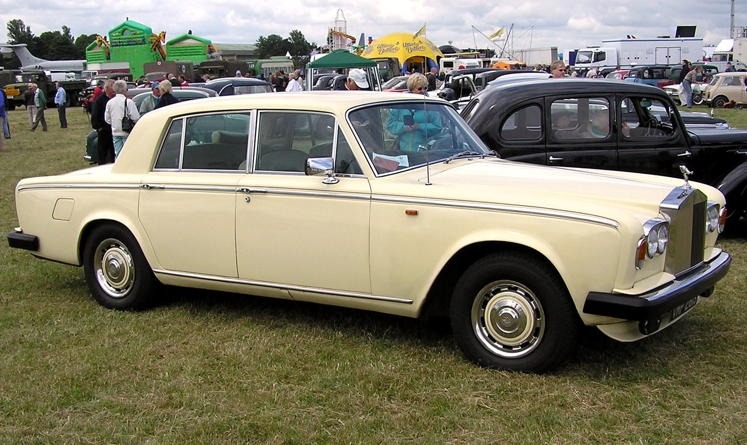Rolls-Royce Silver Shadow: 9 фото