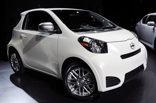 Scion iQ: 6 фото