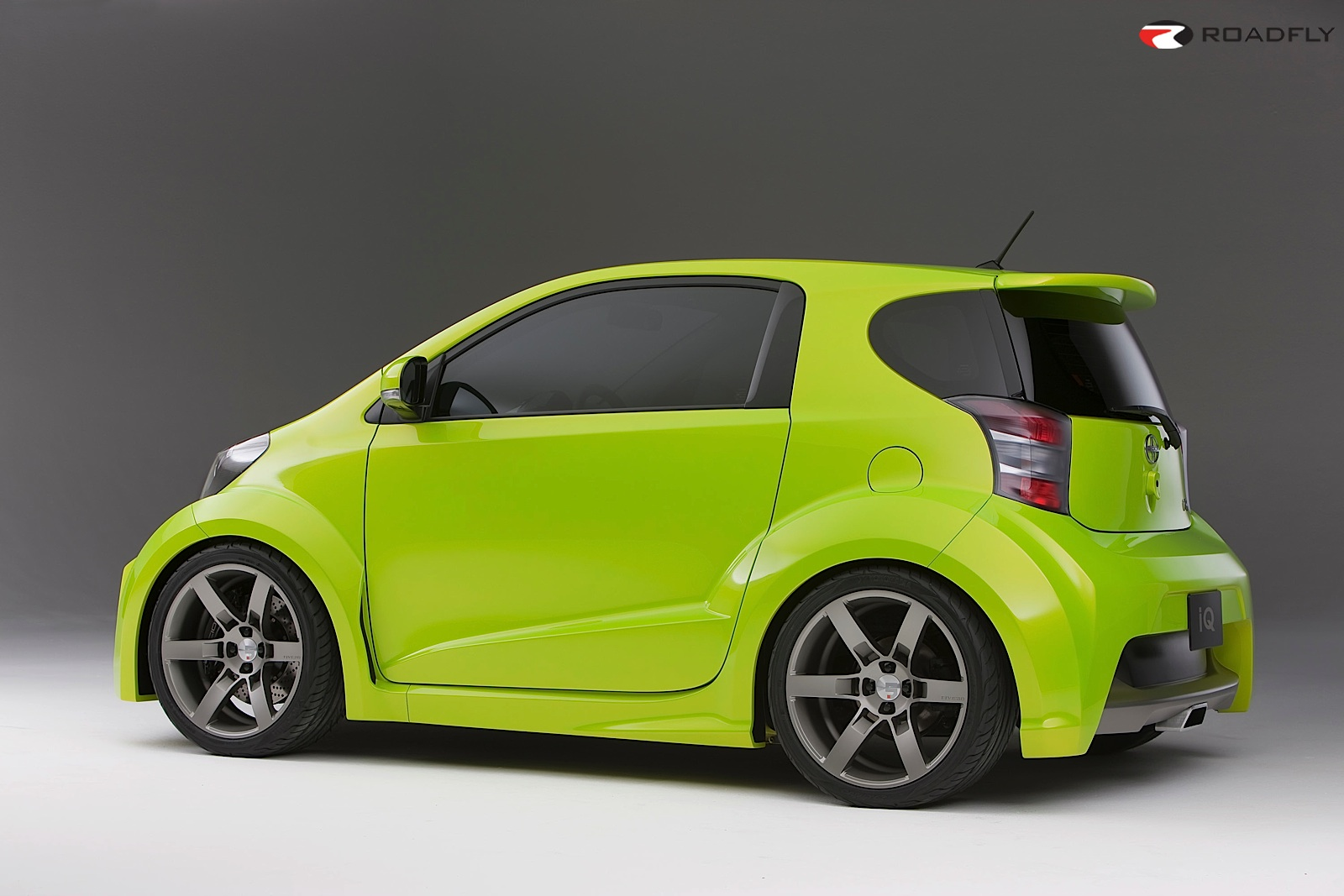 Scion iQ: 10 фото