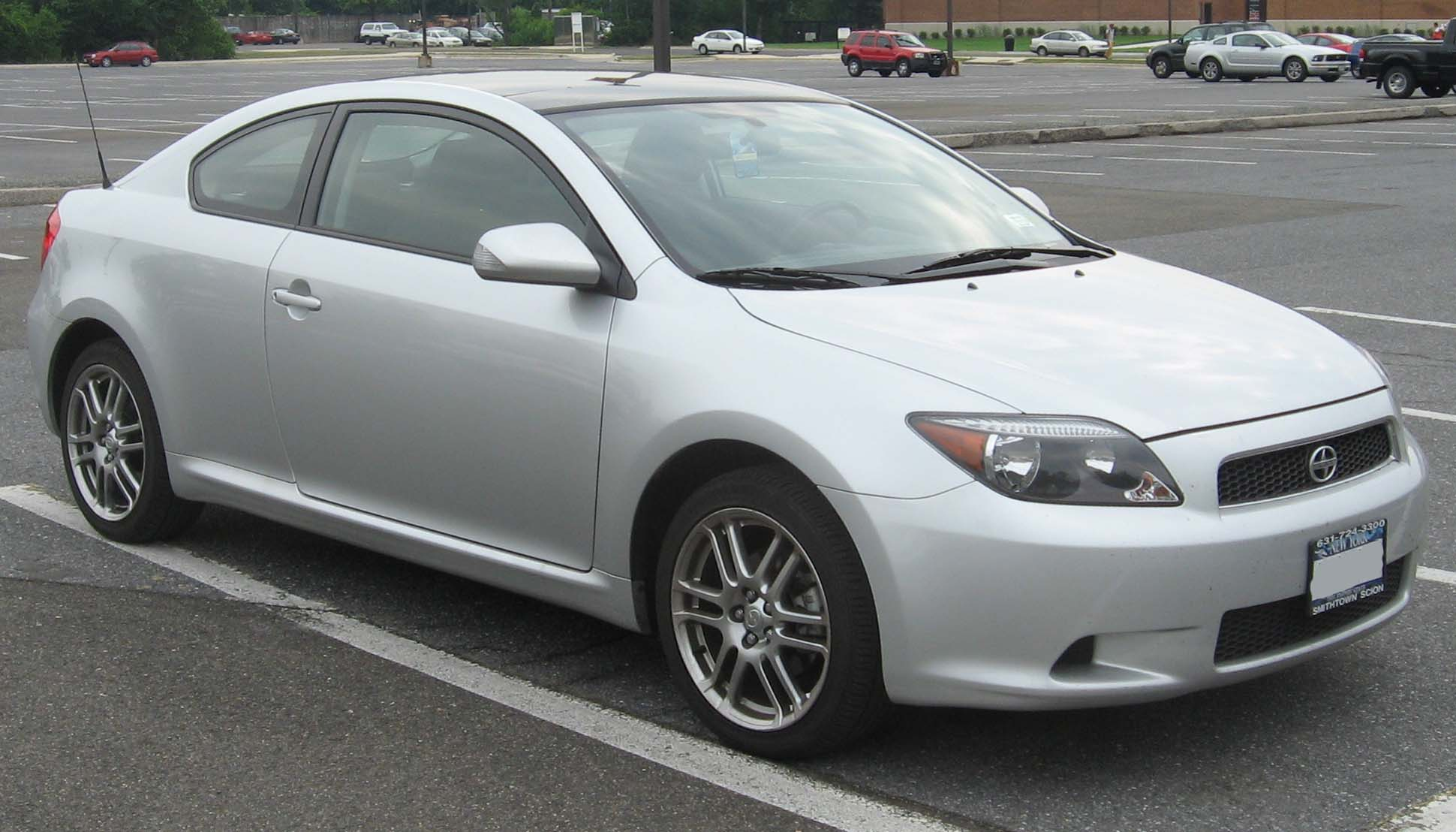 Scion tC I: 3 фото