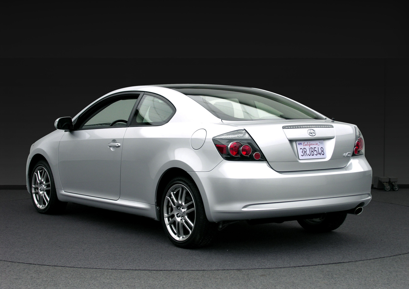 Scion tC I: 8 фото