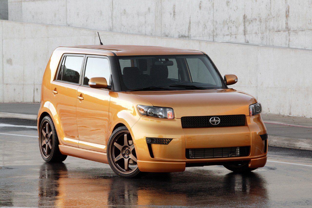 Scion xB: 2 фото