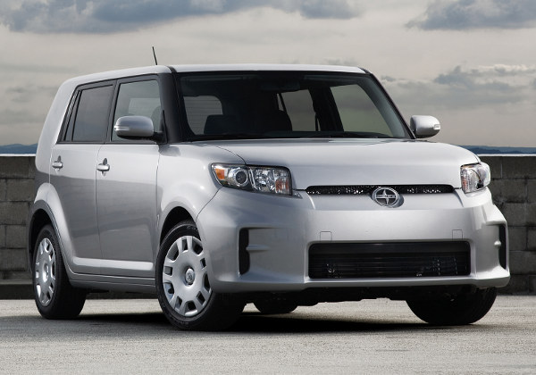 Scion xB: 4 фото