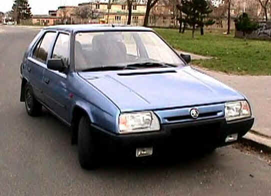 Skoda Favorit: 3 фото