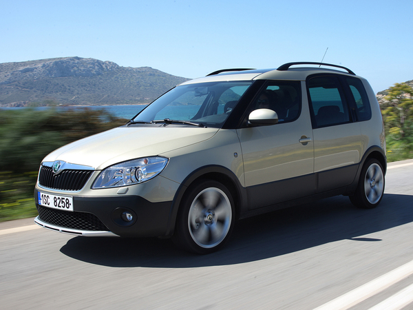 Skoda Roomster Scout: 5 фото