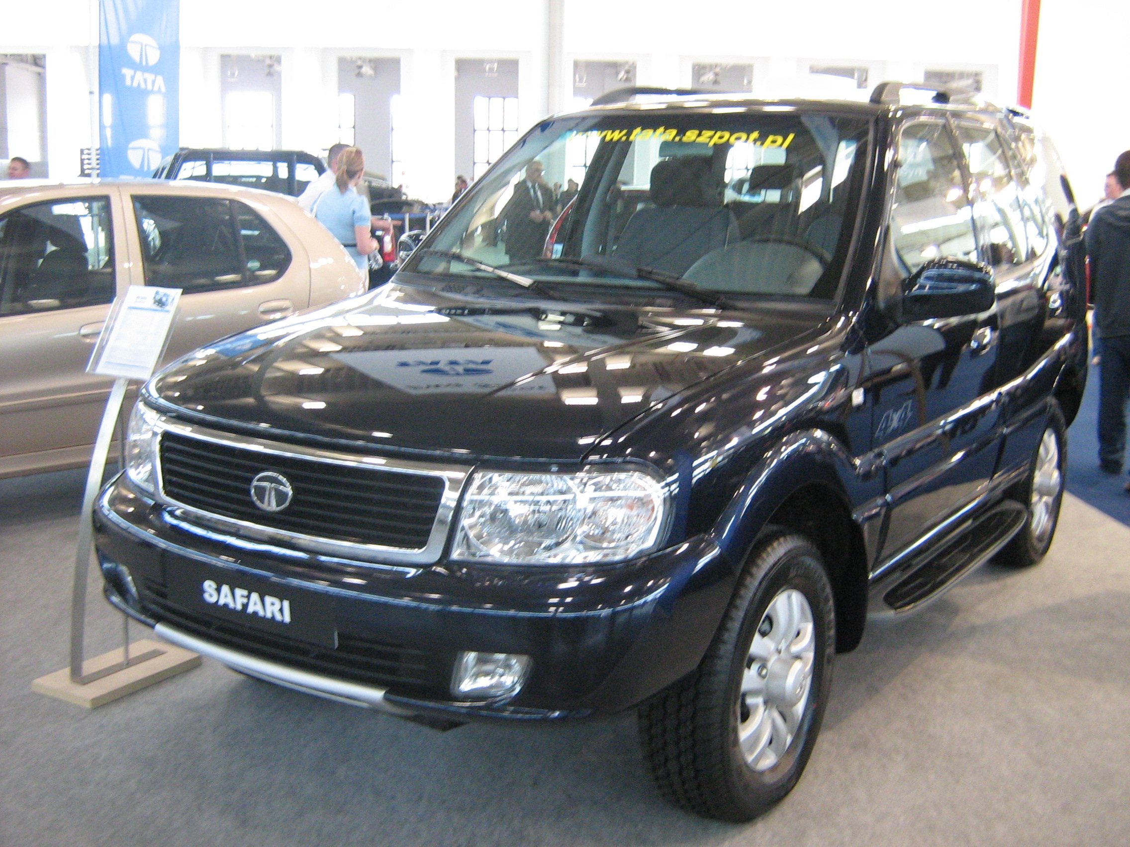 TATA Safari: 10 фото