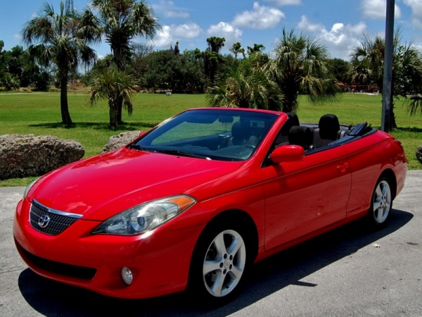 Toyota Camry convertible: 10 фото