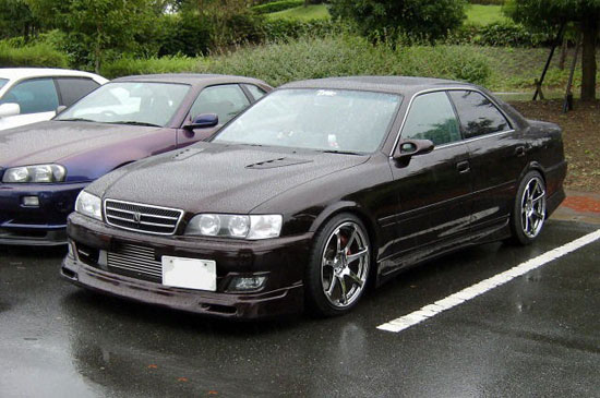 Toyota Chaser: 05 фото