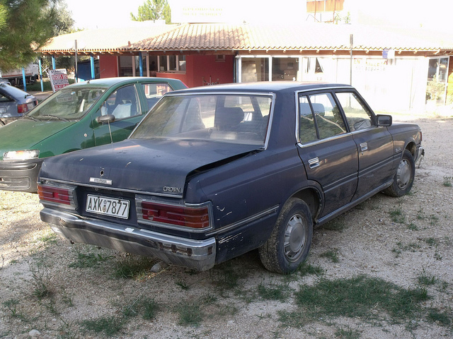 Toyota Crown S120: 07 фото
