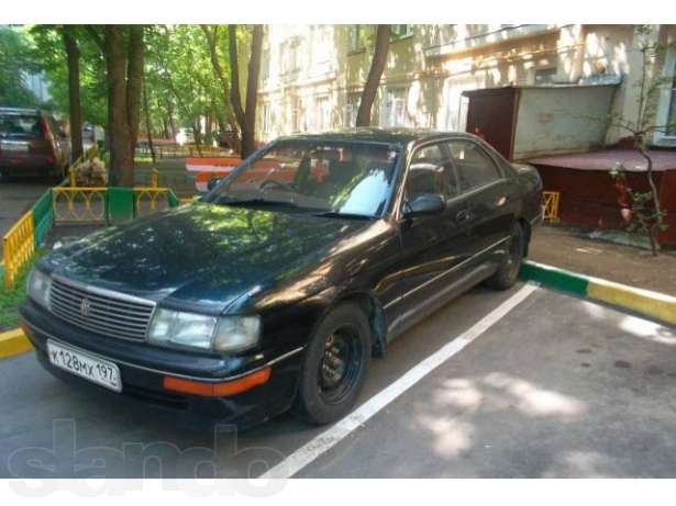Toyota Crown S140: 04 фото