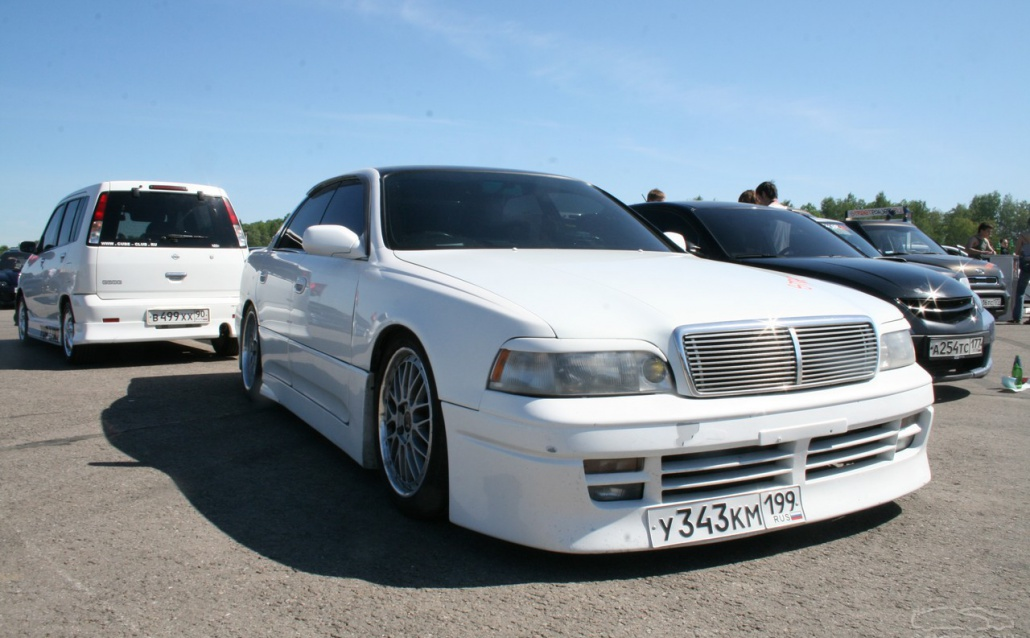 Toyota Crown S140: 05 фото