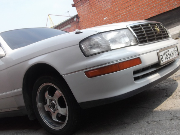 Toyota Crown S140: 06 фото